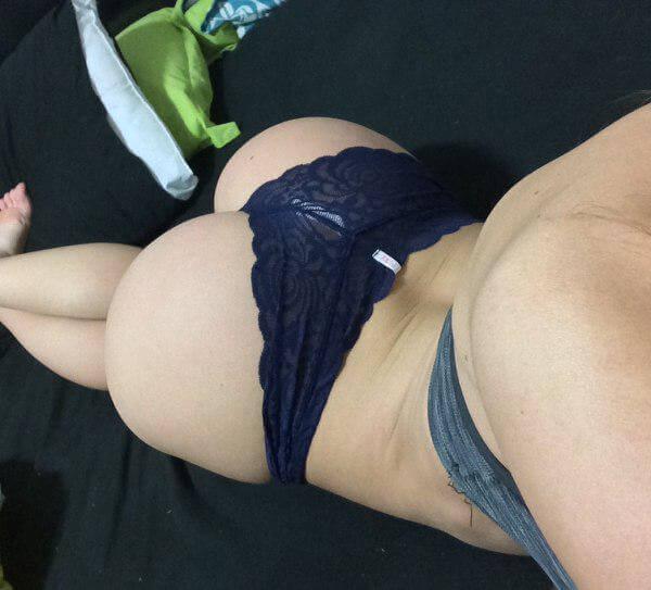 selfies butt